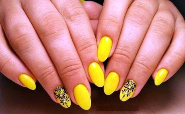 Модный лимонный и лунный маникюр: особенности цвета, стильные идеи дизайна ногтей, фото