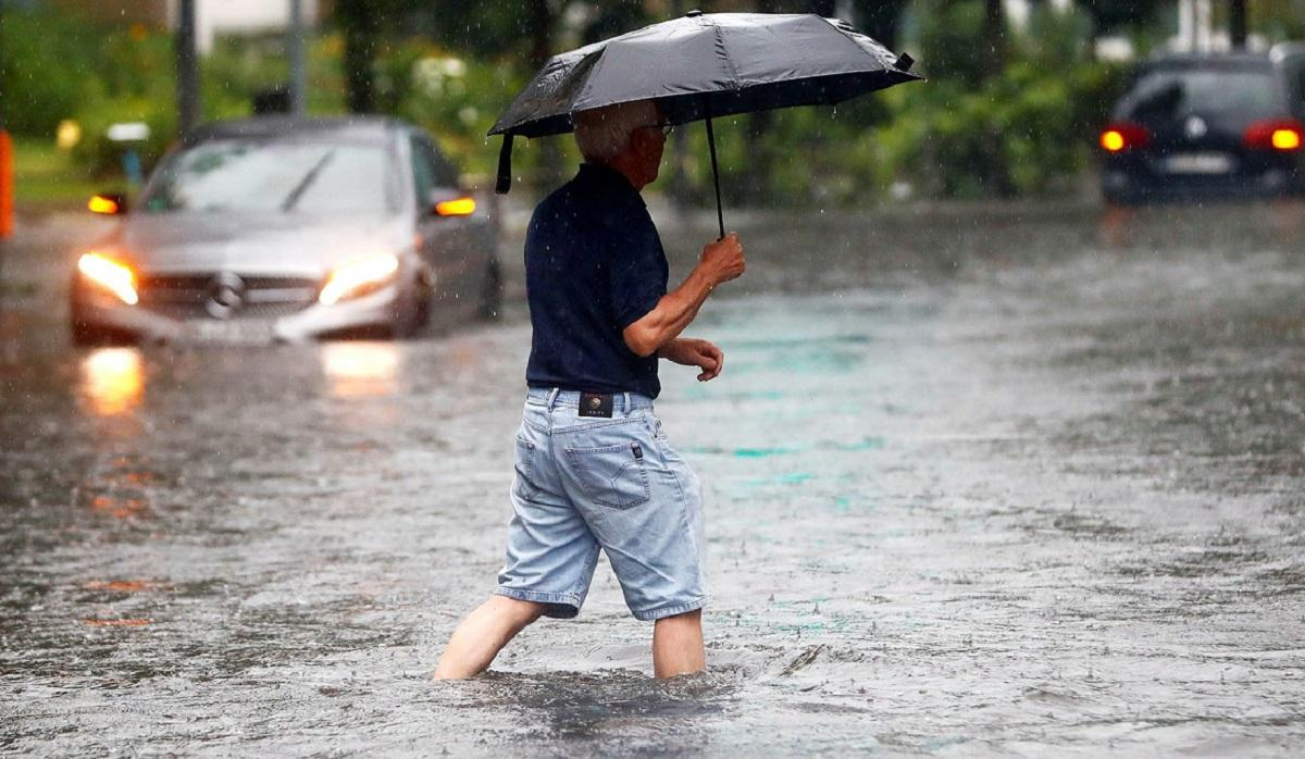 дождь затопил улицы