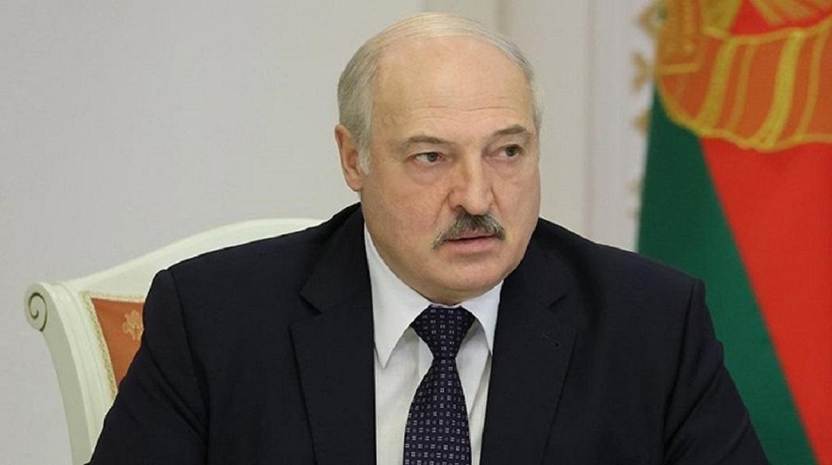 Политэксперт считает, что Лукашенко подошел к последнему рубикону власти в Белоруссии