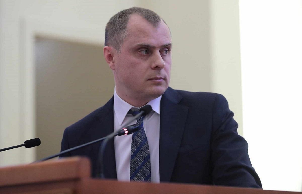 министр ЖКХ Андрей Майер