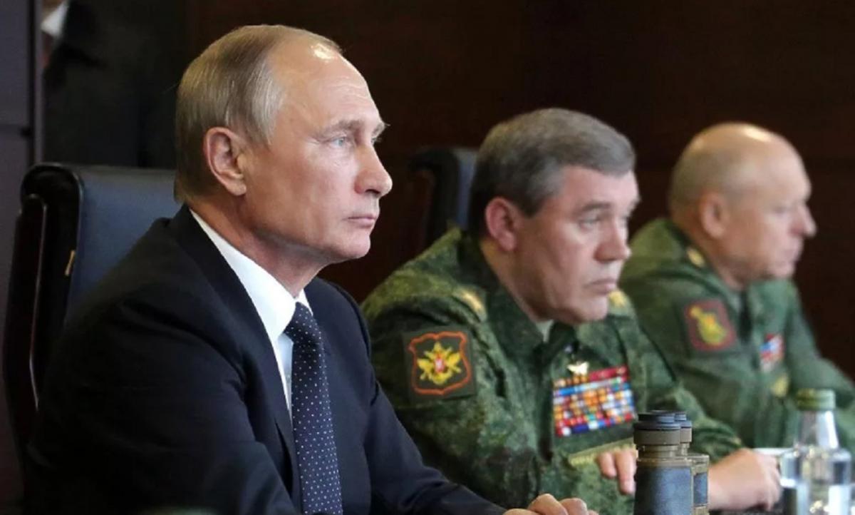 Маневр года России в ответ на учения НАТО