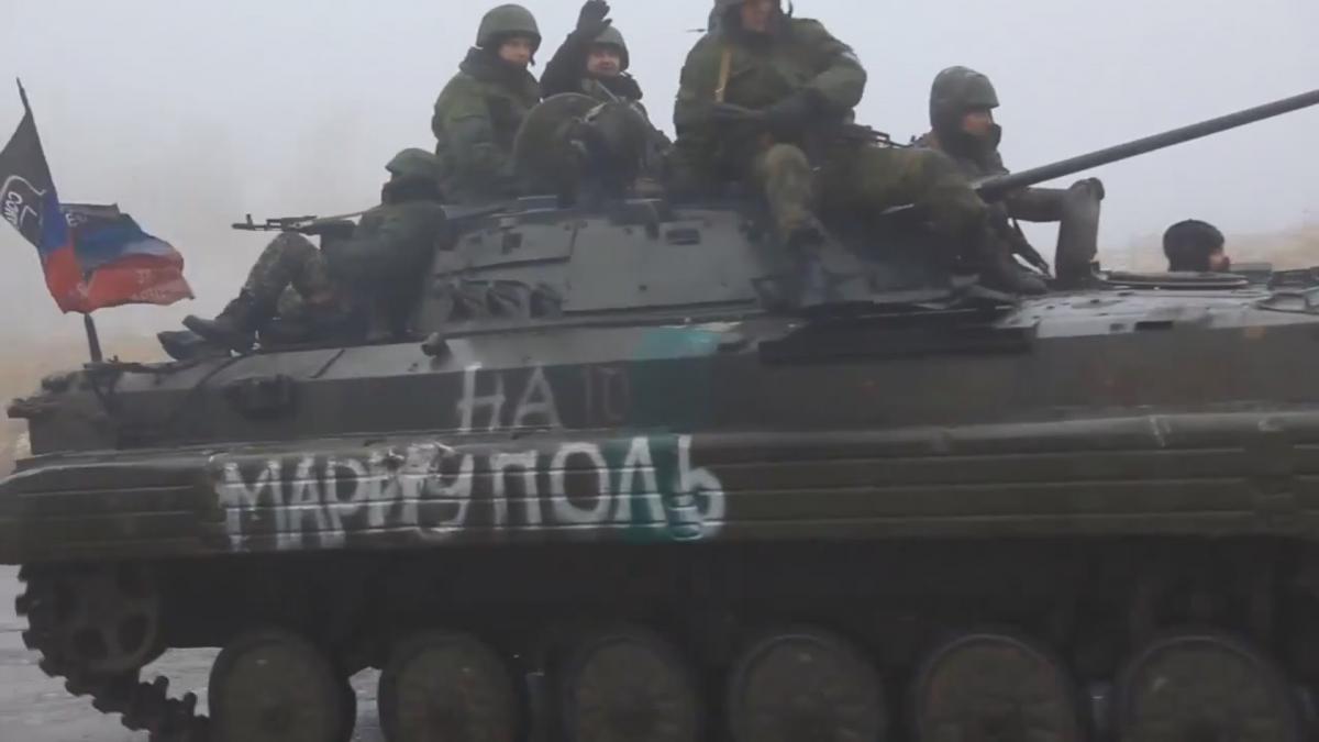 В Мариуполе исчерпывающе объяснили украинской журналистке, кто начал войну в Донбассе