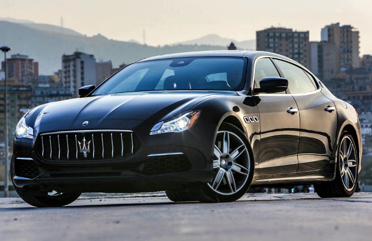 Автомобиль Maserati