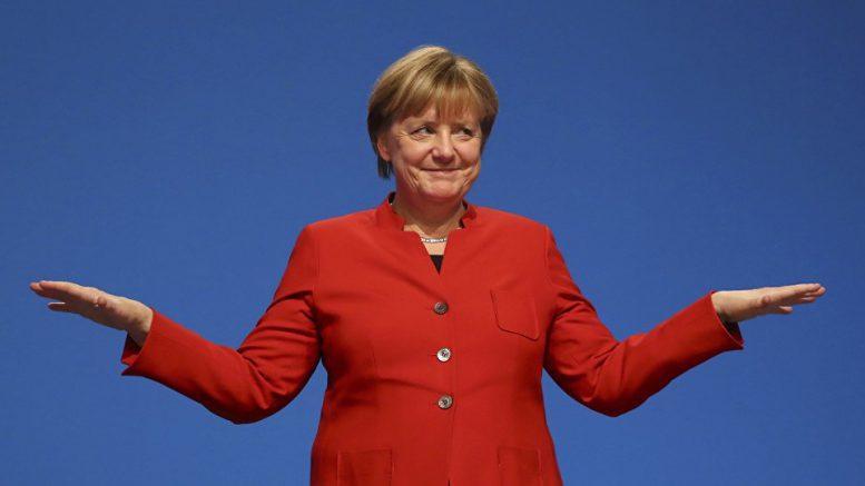 Крым благодарен Меркель за отказ действовать против России