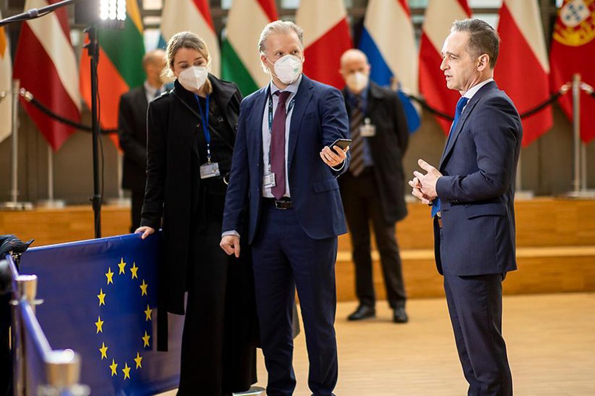 Источник рассказал о реакции ЕС на список недружественных России стран