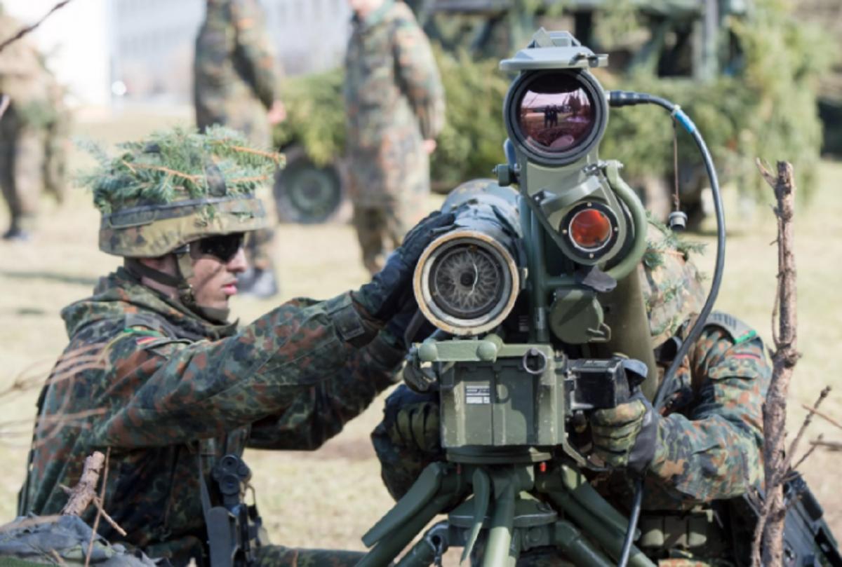 Учения НАТО около границ России