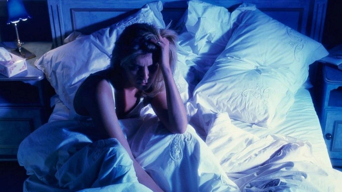 Названы привычки, влияющие на сон человека
