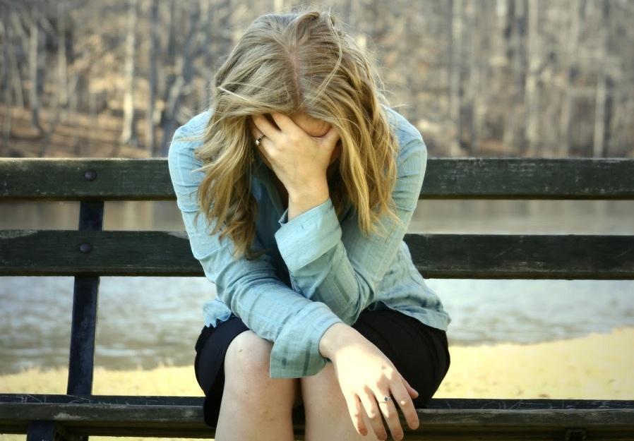 Психология одиночества: 4 скрытых причины, мешающие женщине построить отношения