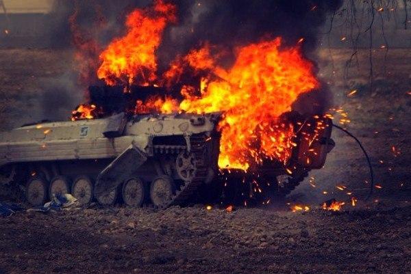 БРДМ ВС Украины разорвало на куски под Донецком – шансов выжить не было