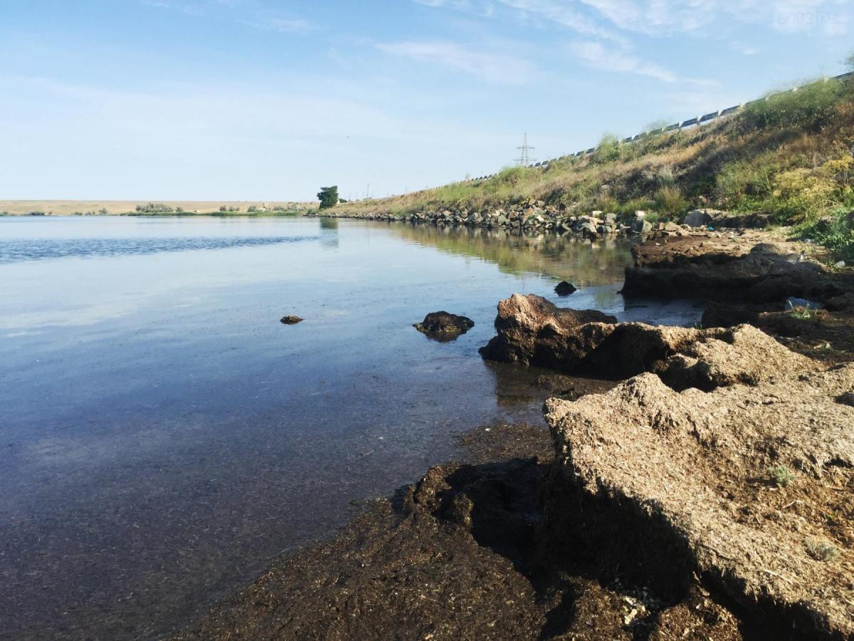 озеро Севастополь камни