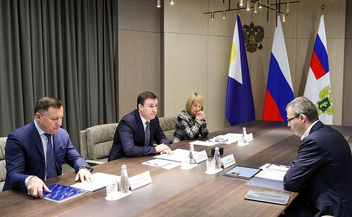 Рабочая встреча Дмитрия Патрушева и губернатора Чукотки