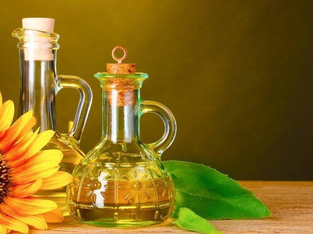 Кому нельзя употреблять подсолнечное масло – рассказали медики