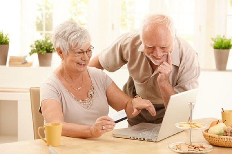 Пенсионеры готовы получать финансовые услуги онлайн