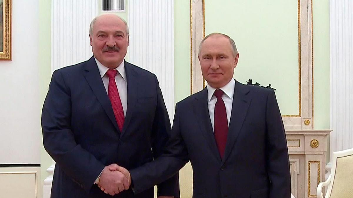 Политолог Кузнецов объяснил, почему встреча Путина и Лукашенко так странно закончилась