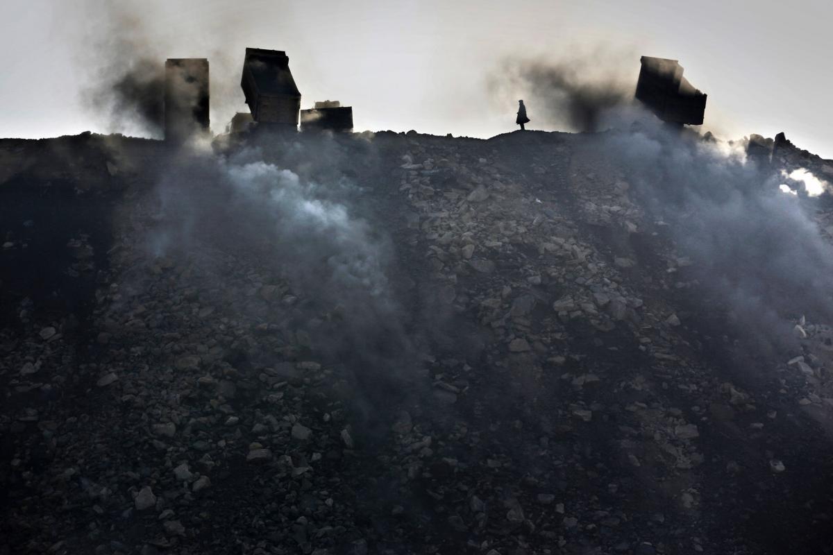 Япония решила защитить Россию от угольной пыли