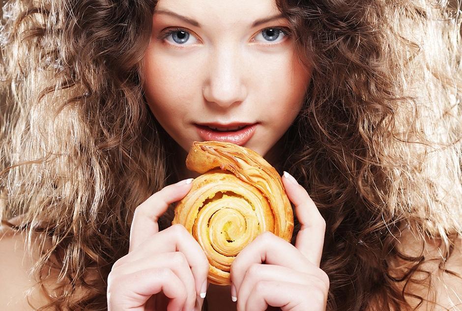 Как похудеть без ограничений в еде: все дело в режмме