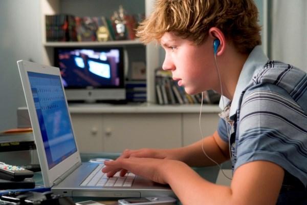 В Питере подросток умер после поражения в компьютерной игре