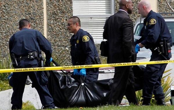 Самолет упал на жилой дом в Калифорнии
