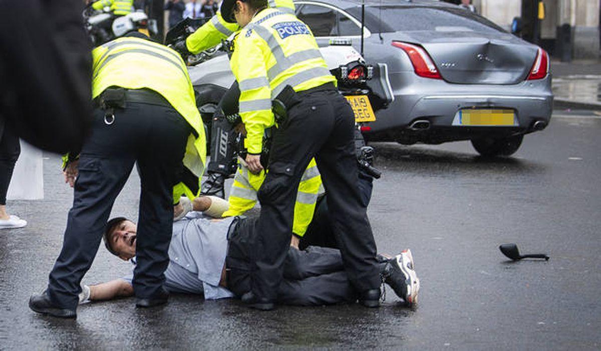 авария за воротами британского парламента фото