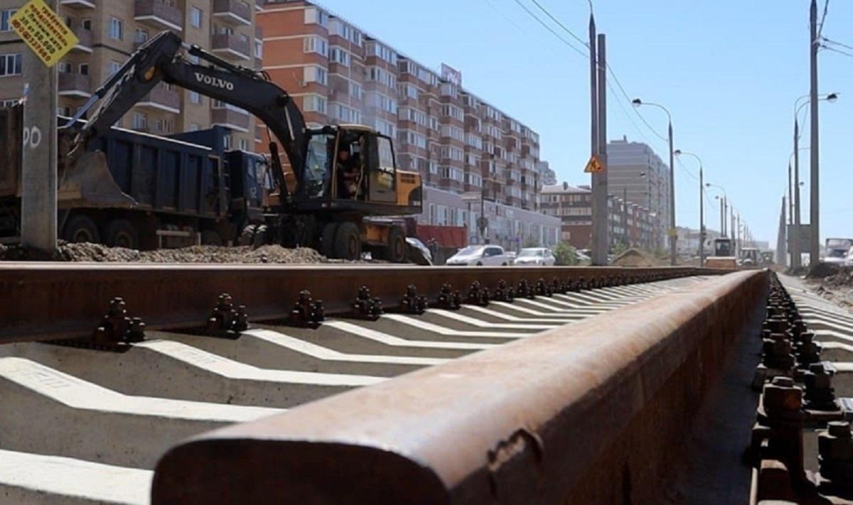 В Краснодаре уложили новый километр нового трамвайного пути