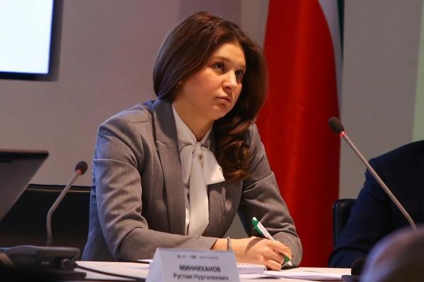 Президент Татарстана дал совет по красоте главе агентства инвестиционного развития