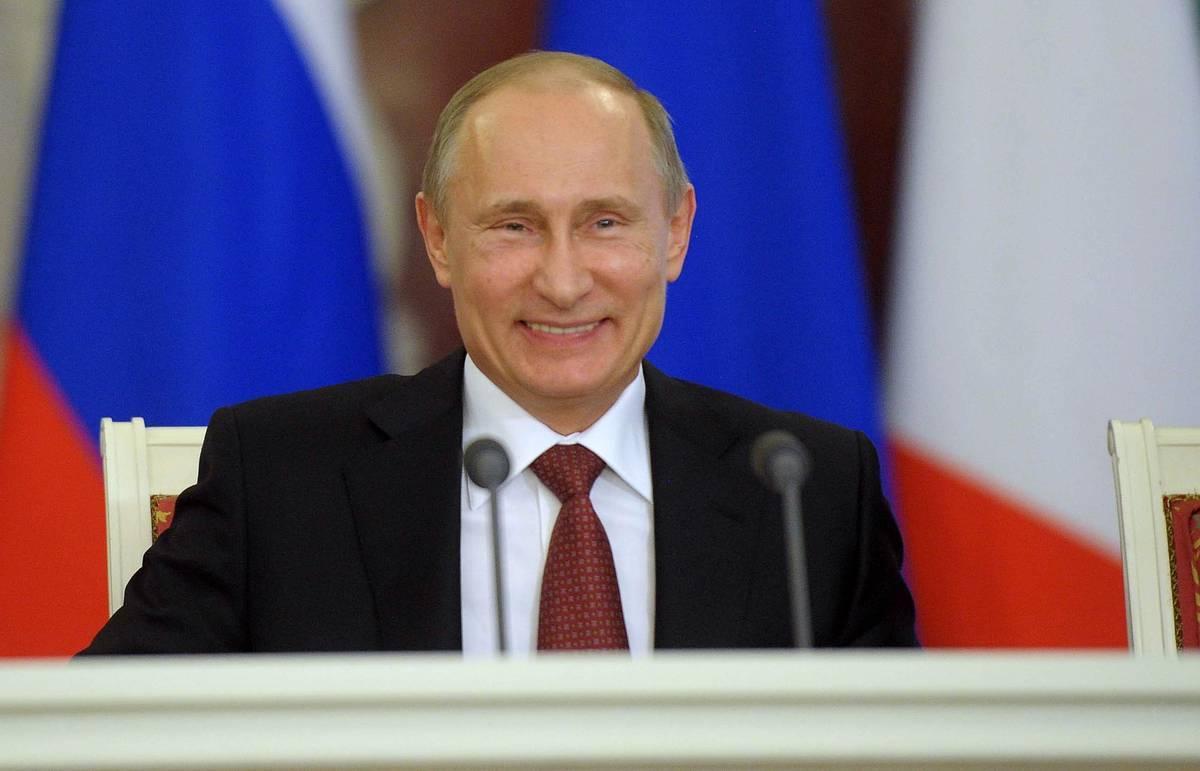 Путин взял выходной и съездил в Сибирь в честь своего 67-летия, видео