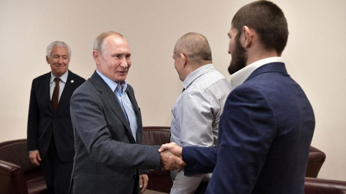 Владимир Путин и Хабиб Нурмагомедов встретились в Республике Дагестан