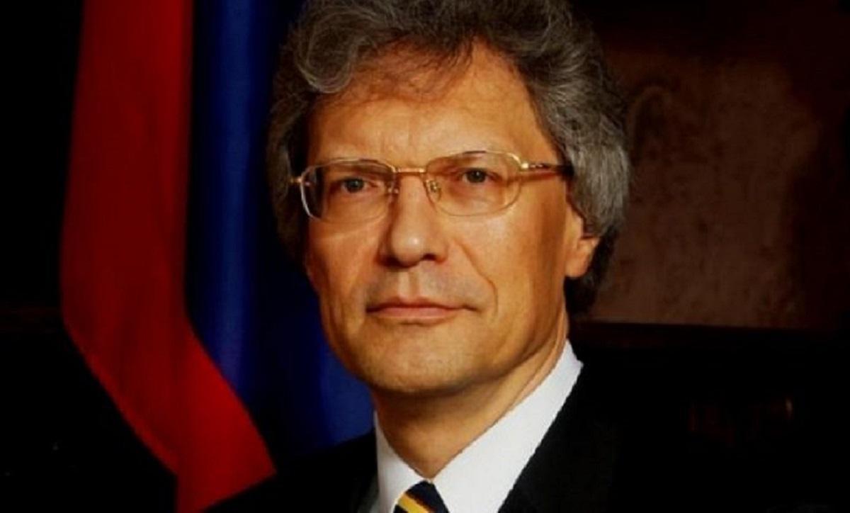 Посол РФ в Италии Сергей Разов