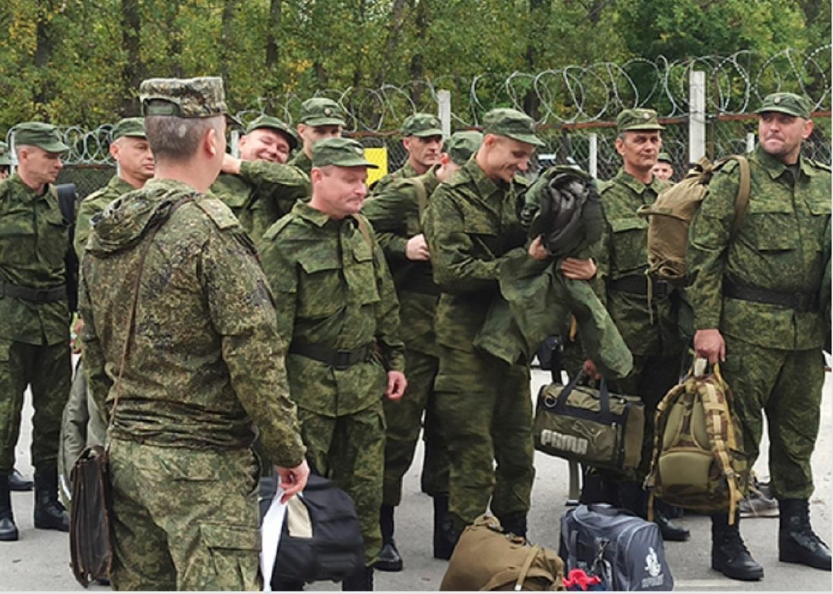 Резервисты прибыли на сборы в Ростовской области