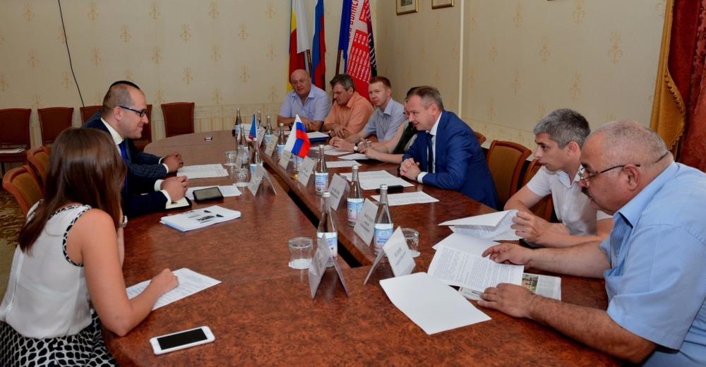 Ростов принял представителя Чехии: вопреки ЕС, стороны договорились о сотрудничестве