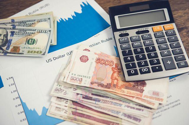 «Черный август»: что будет с рублем дальше и ждать ли новых санкций, рассказали эксперты