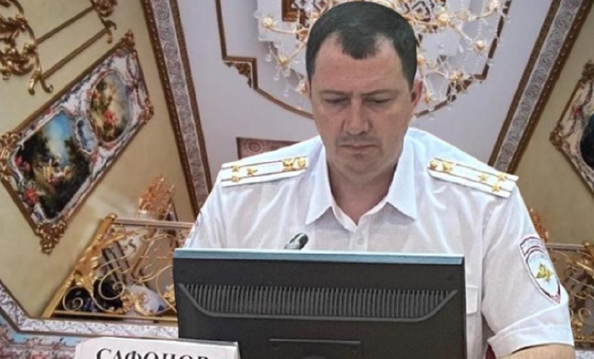 Дворец главы ГИБДД Ставрополья Сафонова