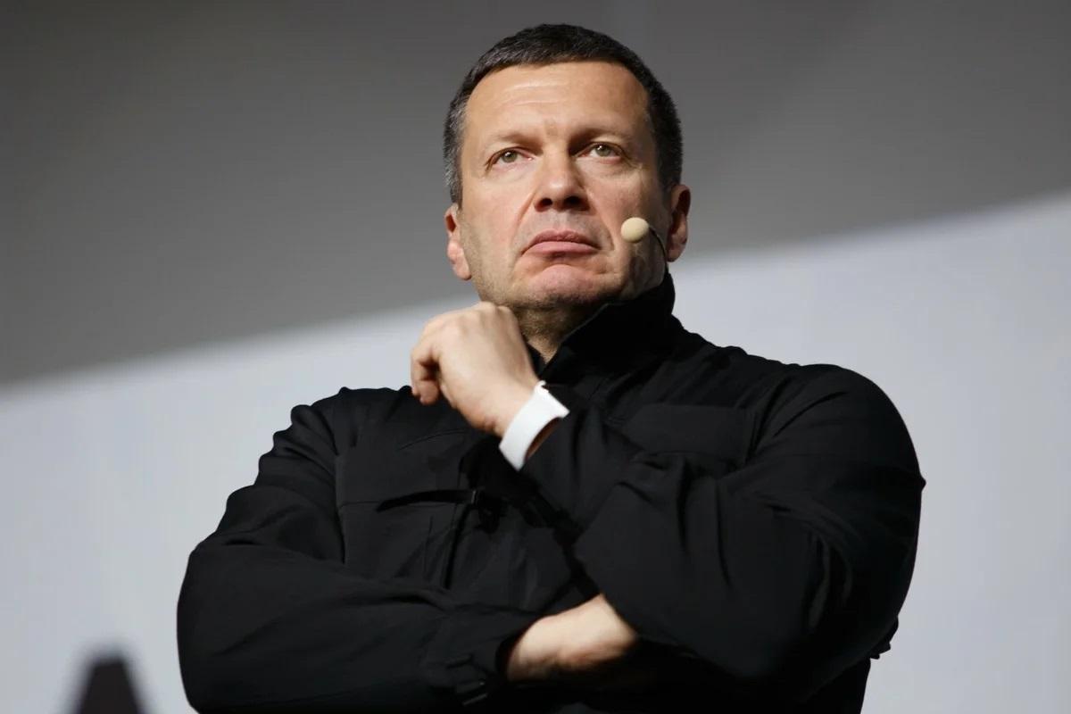 https://sm-news.ru/solovyov-nadeetsya-chto-rossiya-ne-priznaet-katavasiyu-s-vyborami-na-ukraine-8679/?amp