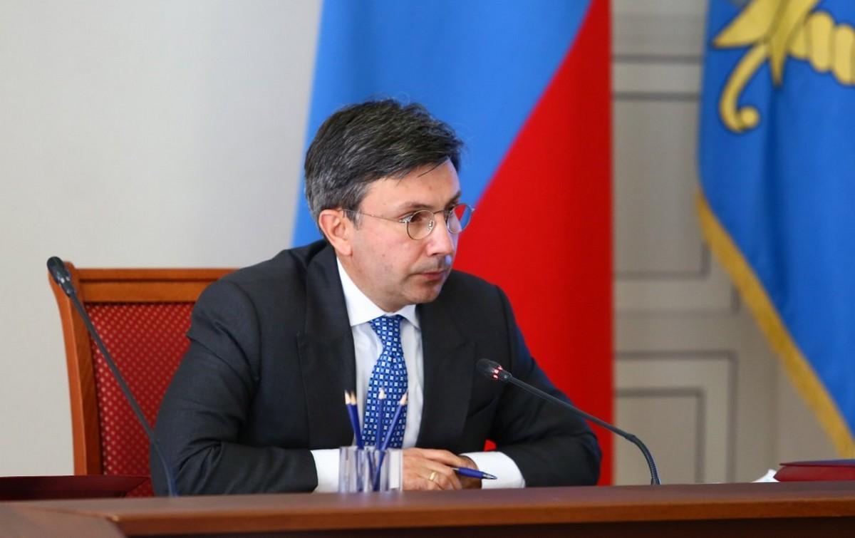 Вице-губернатор Астраханской области Александр Шарыкин