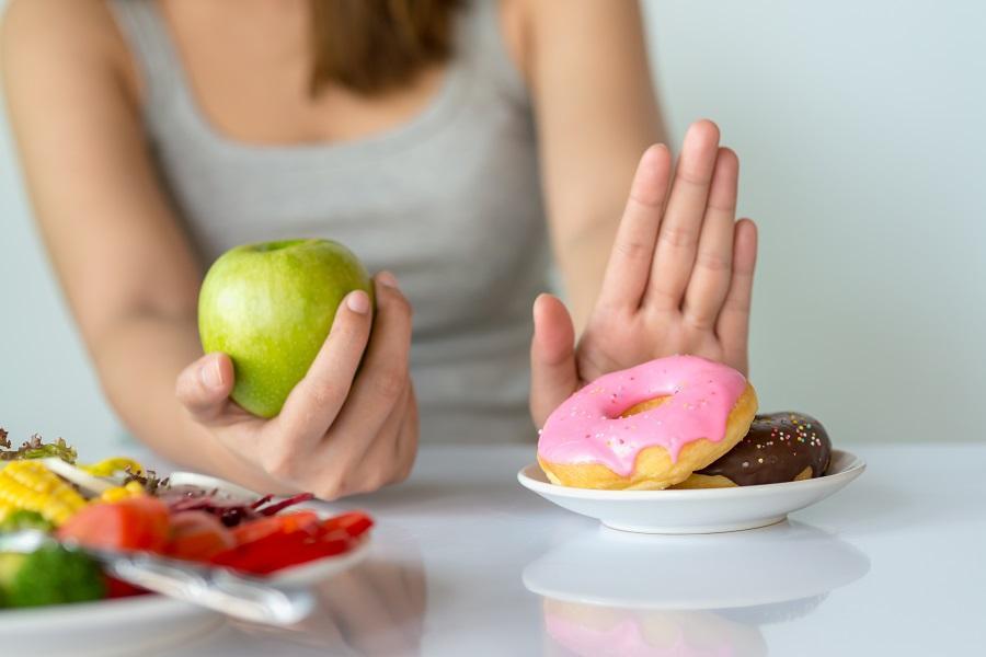 Бесполезные правила мешают похудеть: 6 вредных мифов, которые сделают похудение адом