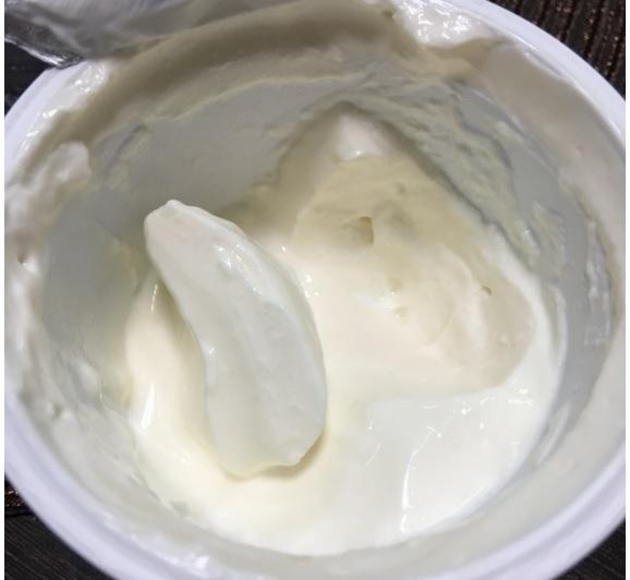 Эксперты Роскачества рассказали, какая сметана содержит плесень, крахмал и антибиотики