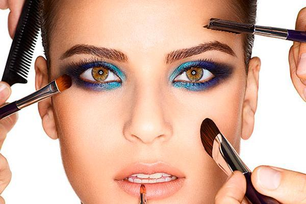 Грубые ошибки в макияже на Новый год