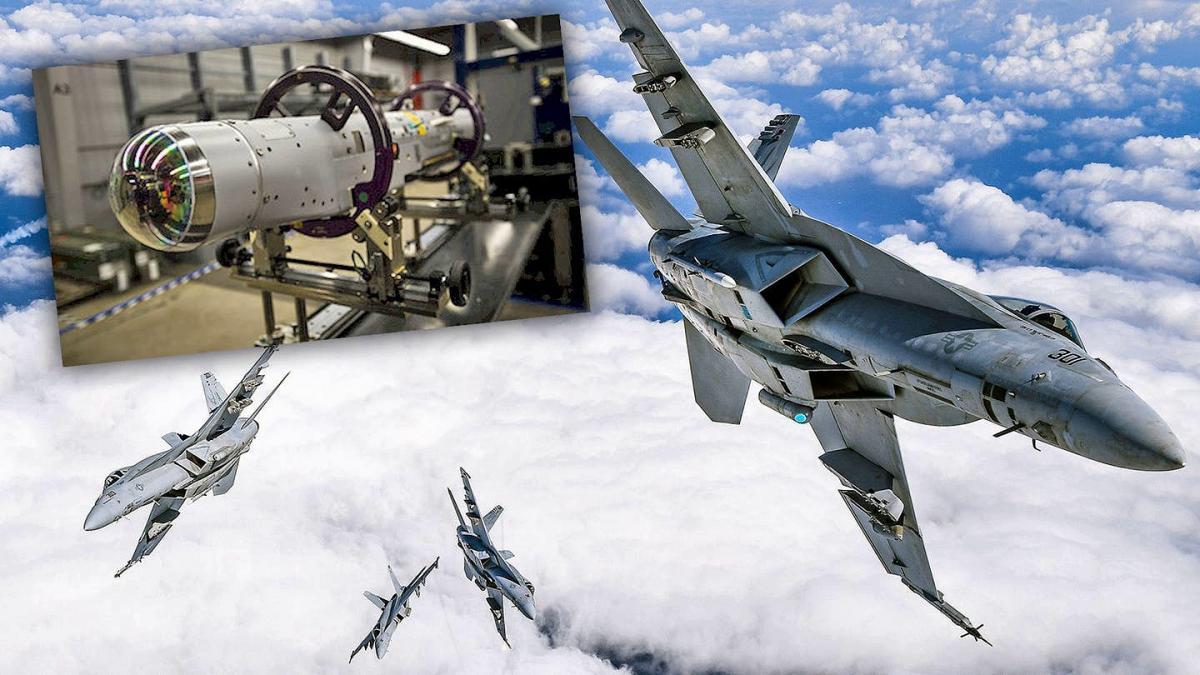 Бомба и самолеты