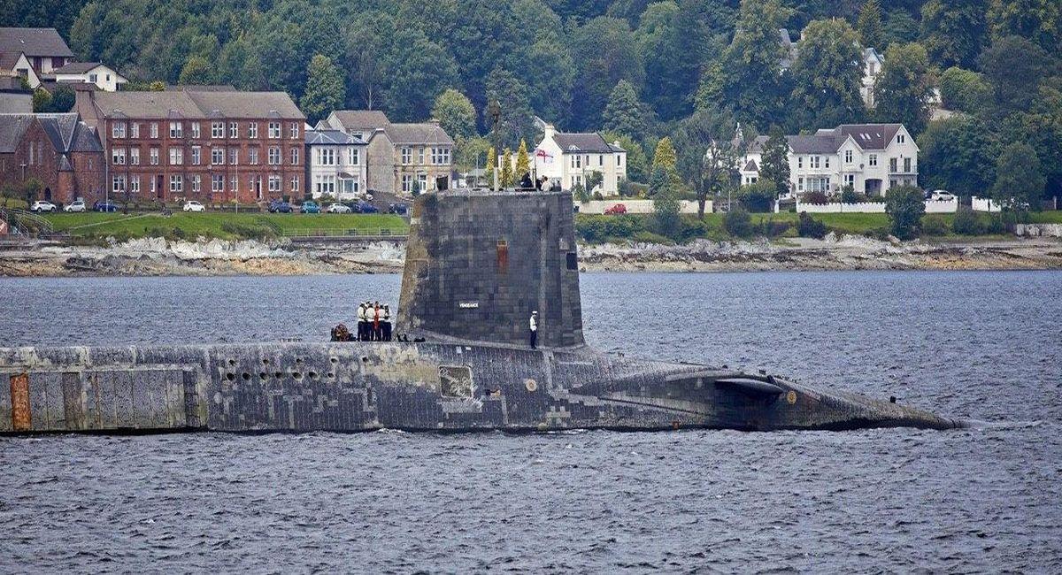 британская подводная лодка фото