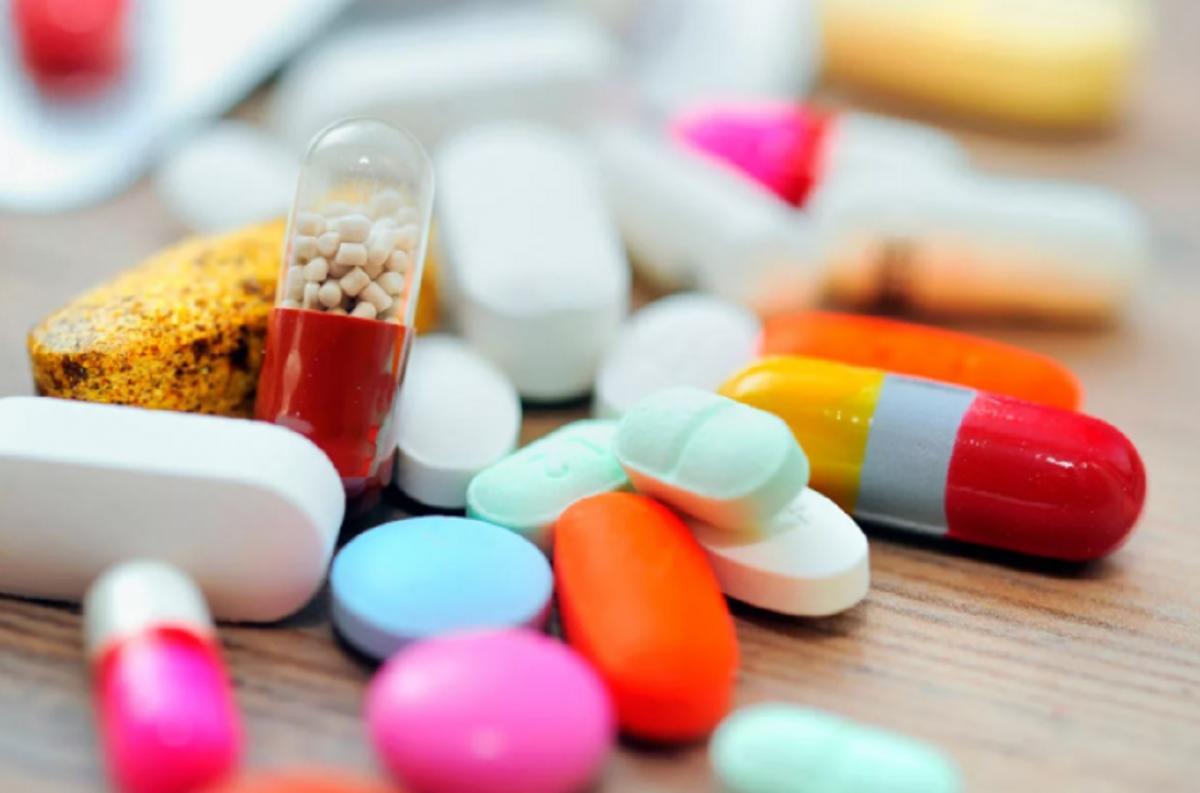 Таблетки, коронавирус