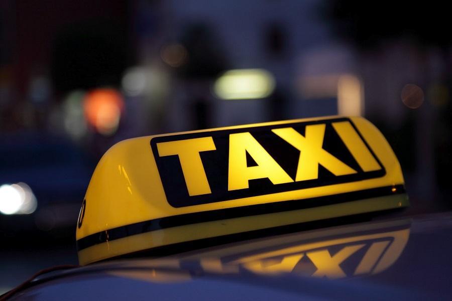 В России могут запретить таксистам работать сверх нормы