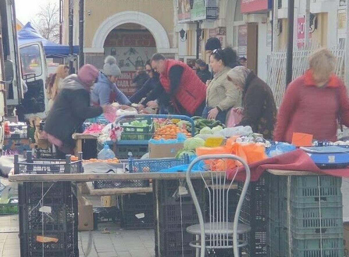 Торговля на улице в Ростове