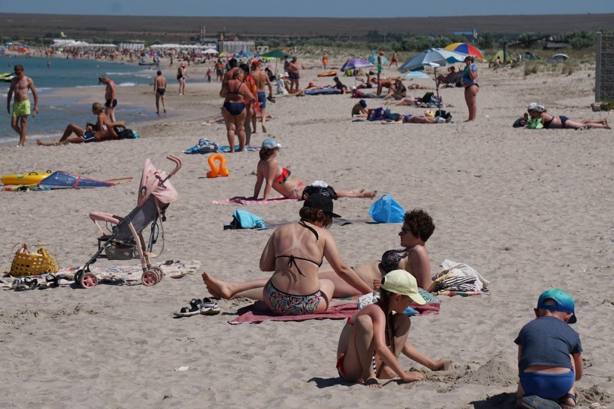 Эксперты оценили в 8 млн максимальное число туристов, которое сможет принять Крым за год