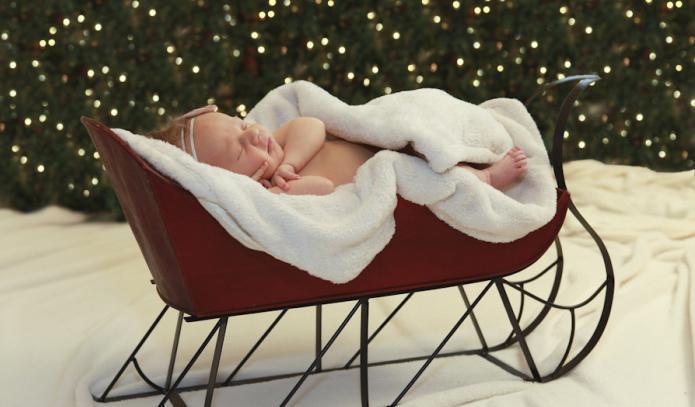 Как назвать мальчика, рожденного в январе 2018: красивые, редкие, популярные имена