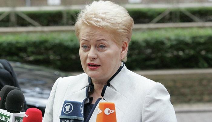 Литва хочет выбить из России деньги на СПГ-терминал