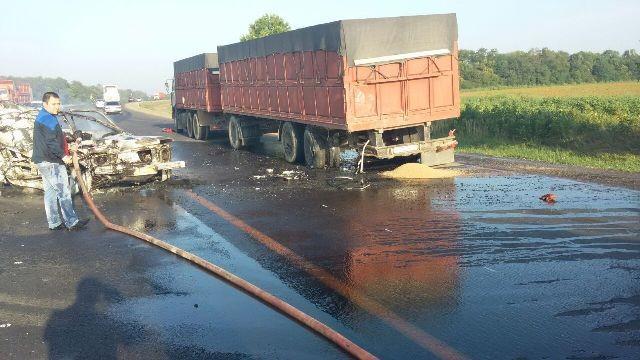 ВУспенском районе Кубани сгорел шофёр «Нивы»