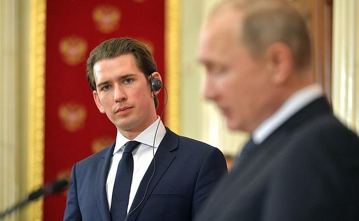 Западная разведка негодует: Вена продалась Москве