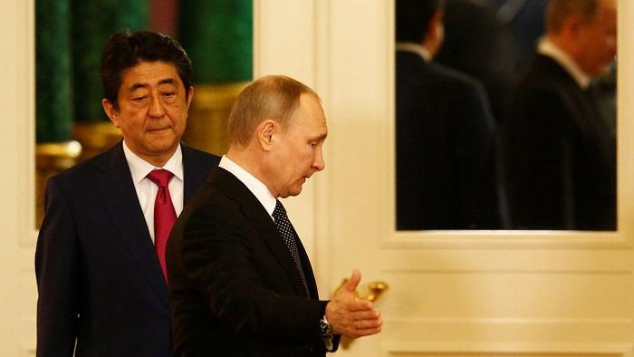 Япония предложила России передать часть Курил «в качестве жеста доброй воли»