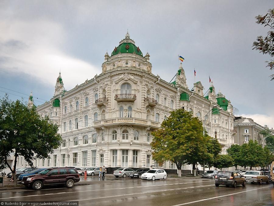 зданию мэрии Ростова возвращают исторический облик
