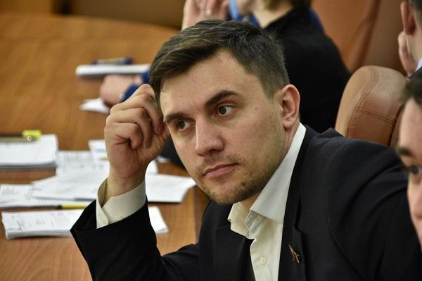 """Питавшийся на 3,5 тысячи рублей саратовский депутат подвел итоги """"диеты"""""""